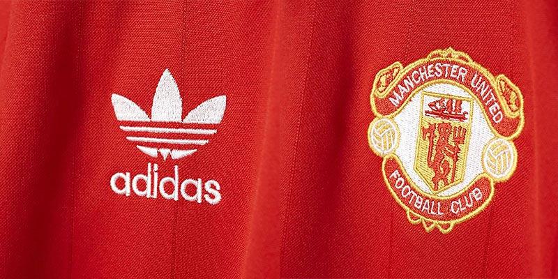 611bf47c3 adidas Originals Retro Manchester United Shirt