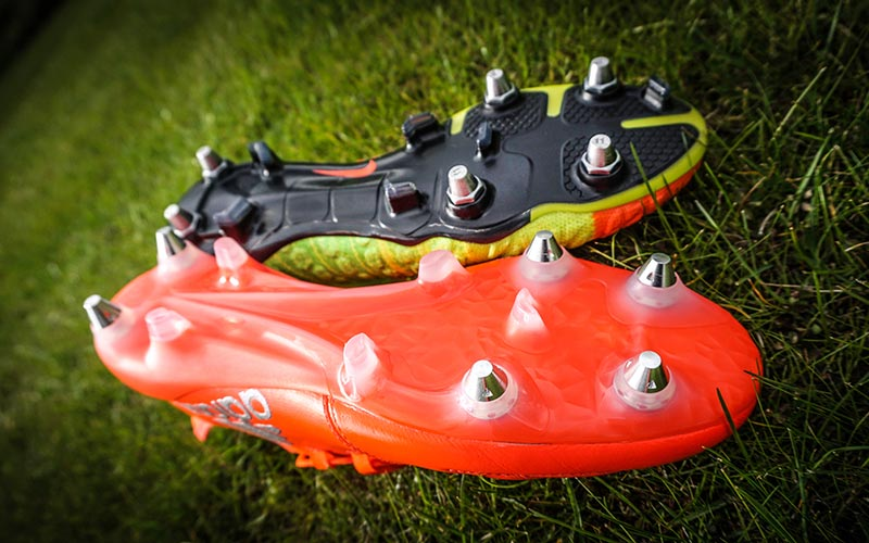 Soft ground football boot soleplate