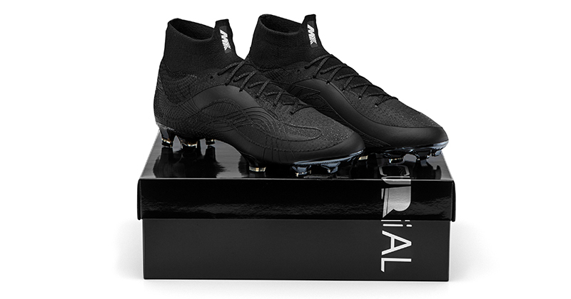 Top 5 Black Football Boots For Kids