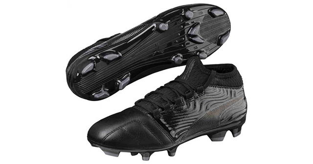 puma-one-18.3-black-football-boots-for-kids