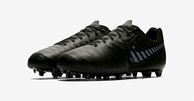 adidas-x-18.3-black-football-boots-for-kids
