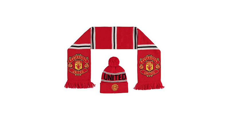 Red Crest Hat and Scarf Set