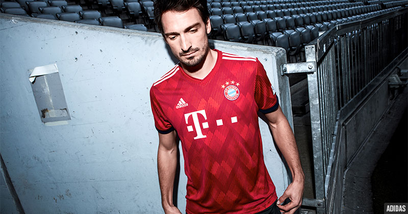 Mats Hummels in the new Bayern Munich home shirt