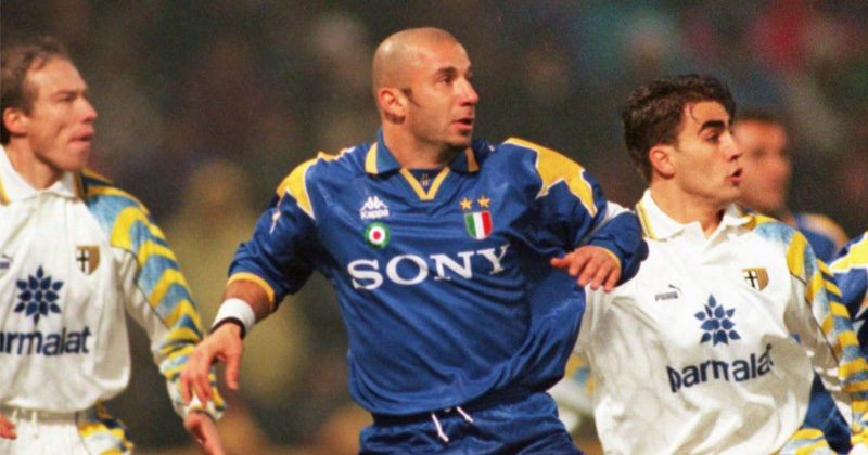 juventus-away-shirt-1996