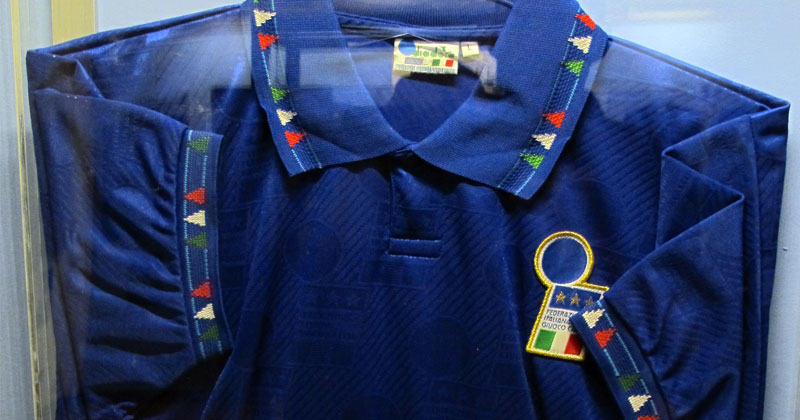 Roberto-Baggio-1994-World-Cup-Shirt