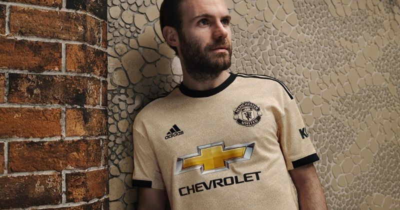 manchester united 2019-20 away shirt