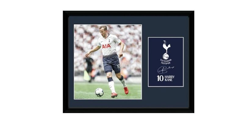 framed pictures of spurs striker harry kane