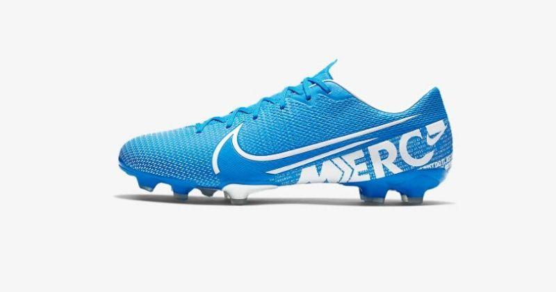 lightest football boots