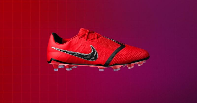 red nike phantom venom football boots