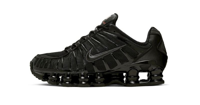 Nike Shox TL mens shoe in black