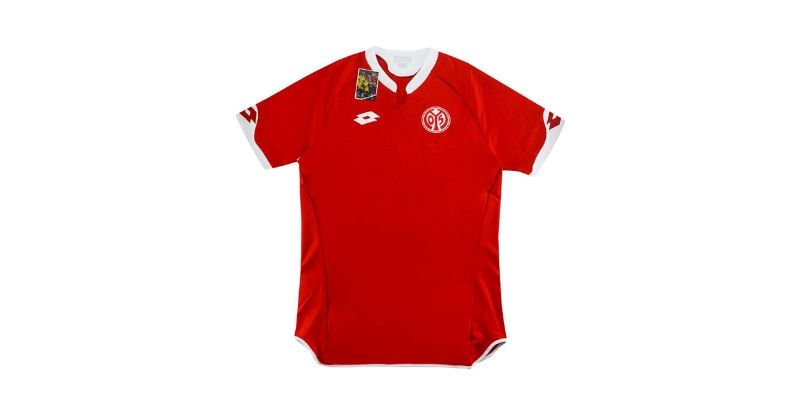 sponsorless red mainz home shirt from 2015-16