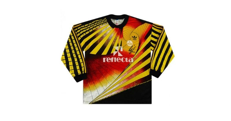 orange and black fc nurnberg 1990 goalkeeper kit