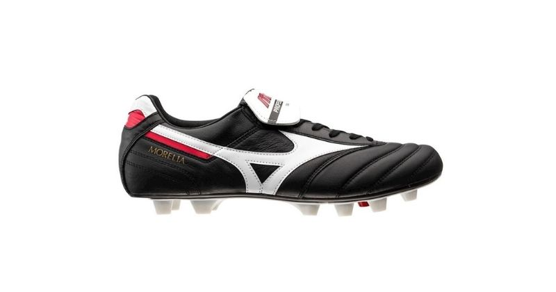 black and white mizuno morelia football boots