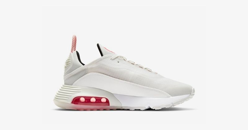 nike air max 2090 trainers in summit white