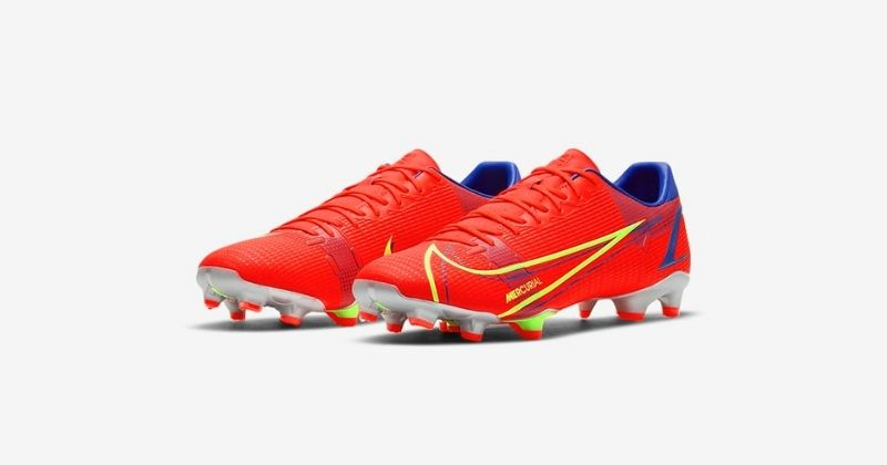 nike mercurial dragonfly academy football boots in bright crimson