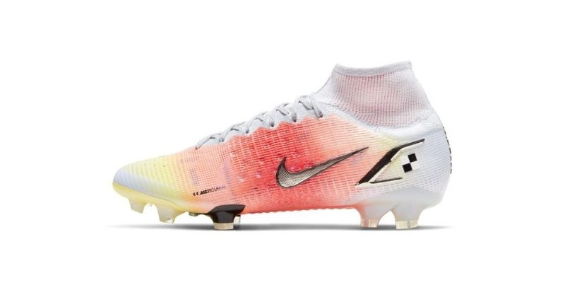 nike mercurial dream speed 4 football boots in white and pink