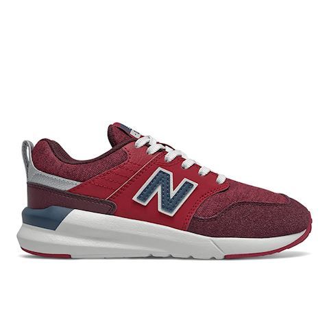 New Balance YS009 girls's Shoes (Trainers) in Red